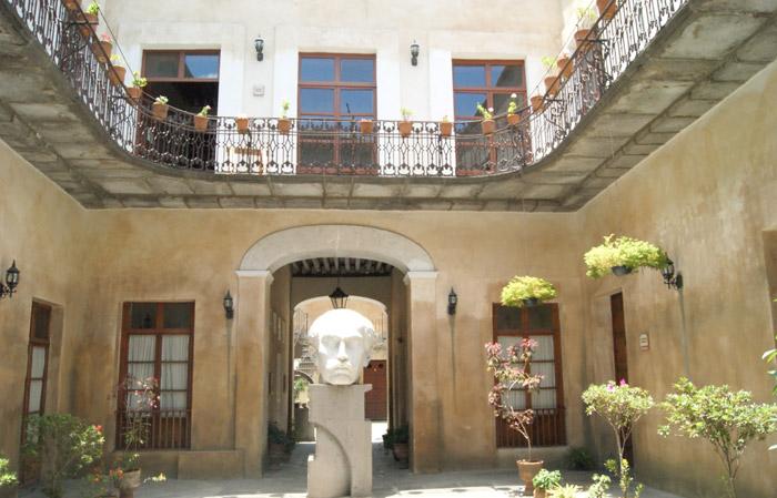 Patio de la casa Serdán
