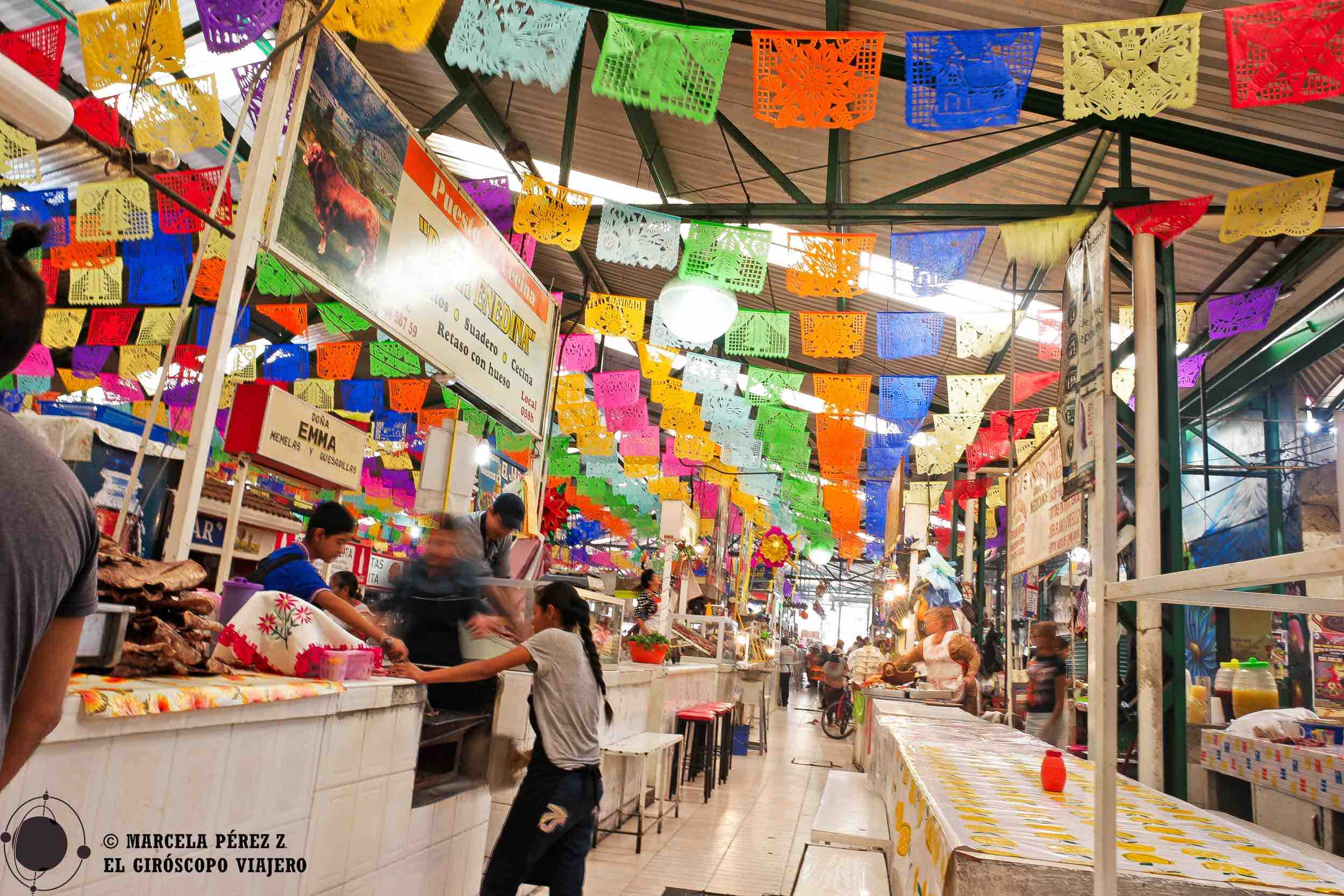No podía ser más colorido el mercado local de Atlixco con su deliciosa oferta gastronómica. Alegrando todos los sentidos